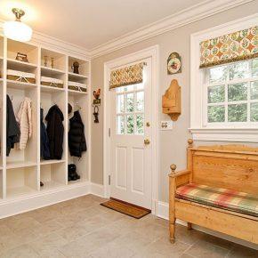 Прихожая в частном доме – идеи обустройства дизайна коридора и прихожей своими руками
